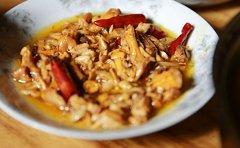 鸡油菌可不可以烧肉或炒肉
