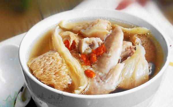 猴头菇鸡汤的做法